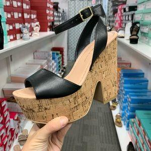 Black cork platform heel